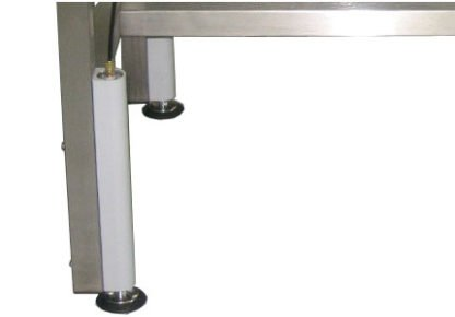 EnduraSteel™ Stainless Steel Manual Four Post Lift Table lift posts detail